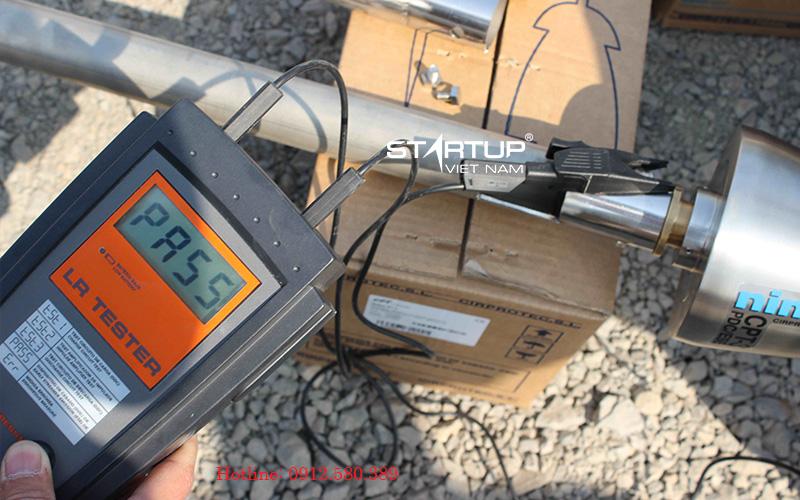 Kiểm tra bằng máy đo chuyên dụng trước khi lắp đặt